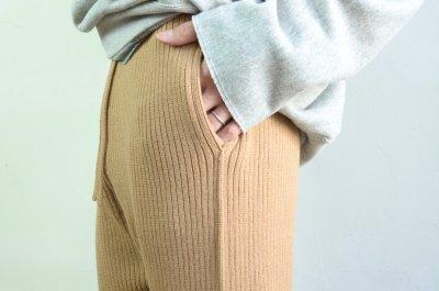 画像2: 【MORE SALE】UNUSED (アンユーズド) 7G knit pants [camel]