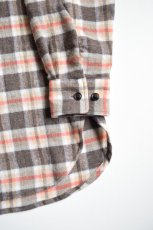 画像5: 【SALE】URU (ウル) WOOL CHECK L/S SHIRTS [ORANGE×BROWN] (5)