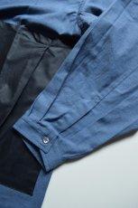画像7: E.TAUTZ / COWL NECK SHIRT [DENIM BLUE/NAVY CONTRAST] (7)