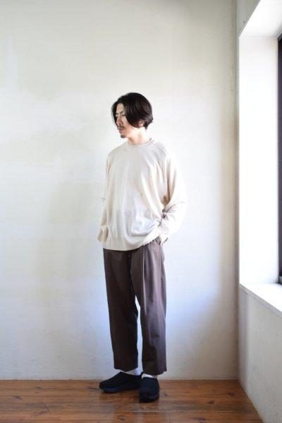 画像1: 【MORE SALE】URU (ウル) CREW NECK L/S KNIT [L.BEIGE]