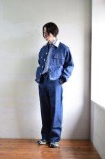 身長176cm、体重60kgの体型でサイズXSの着用例