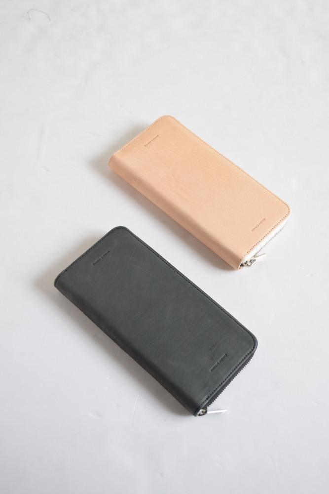 画像1: Hender Scheme (エンダースキーマ) long zip purse [2-colors] (1)