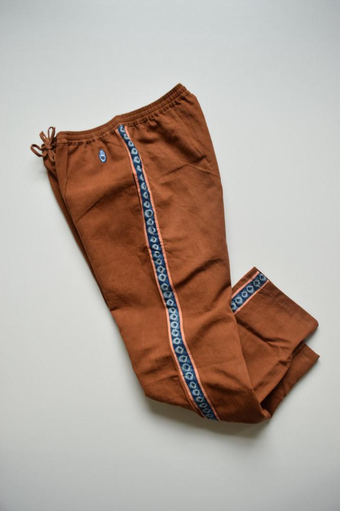 画像1: 【SALE】STORY mfg / Pacer Track Pants [Bark Brown] (1)