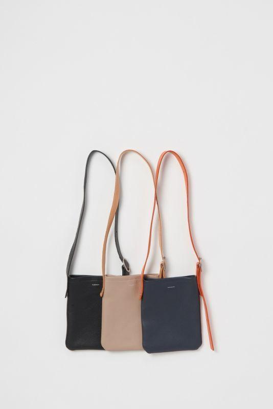 画像1: Hender Scheme (エンダースキーマ) one side belt bag small [2-colors] (1)