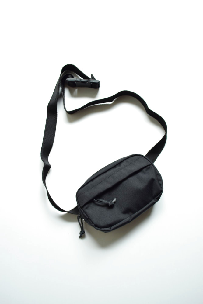 画像1: UNIVERSAL PRODUCTS (ユニバーサルプロダクツ) CORDURA SMALL WAIST BAG [BLACK] (1)